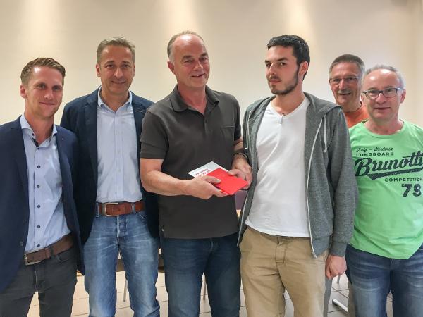 Begrüßung des neues Mitgliedes, Dominik Jäger aus Kaperich