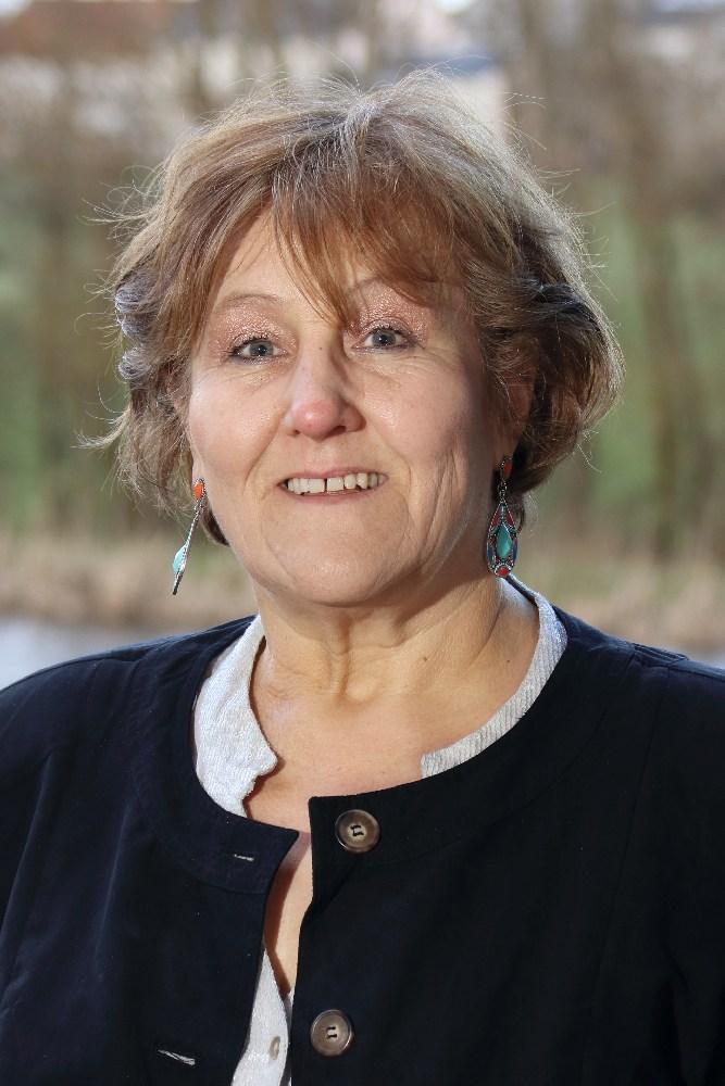 Carola Weicker