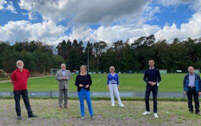 Kurt Beck besucht Sommerfest der SPD in Deudesfeld