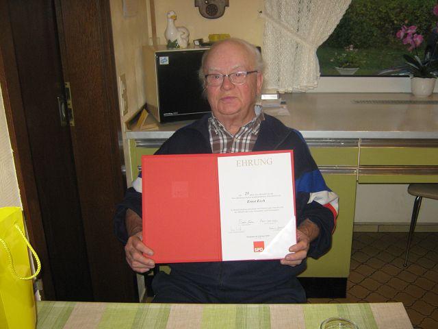 SPD Hinterbüsch ehrte Ernst Esch